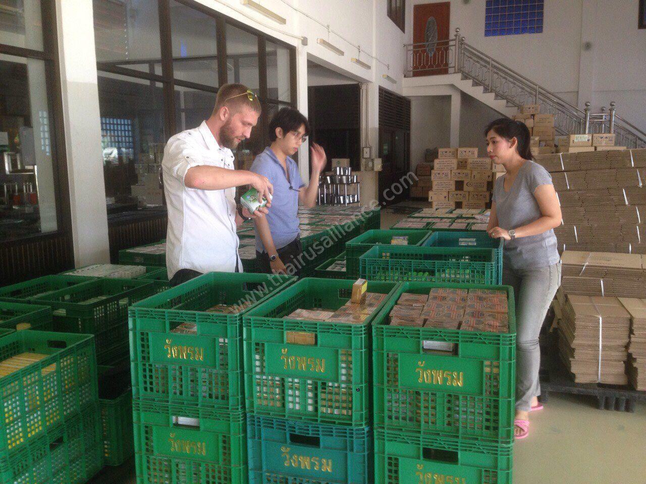 Инспекция груза в Таиланде перед отправкой заказчику